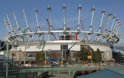 vancouvers-bc-place-renovation-continues-masts-installed-to-support-state-of-art-retractable-roof_179.jpg
